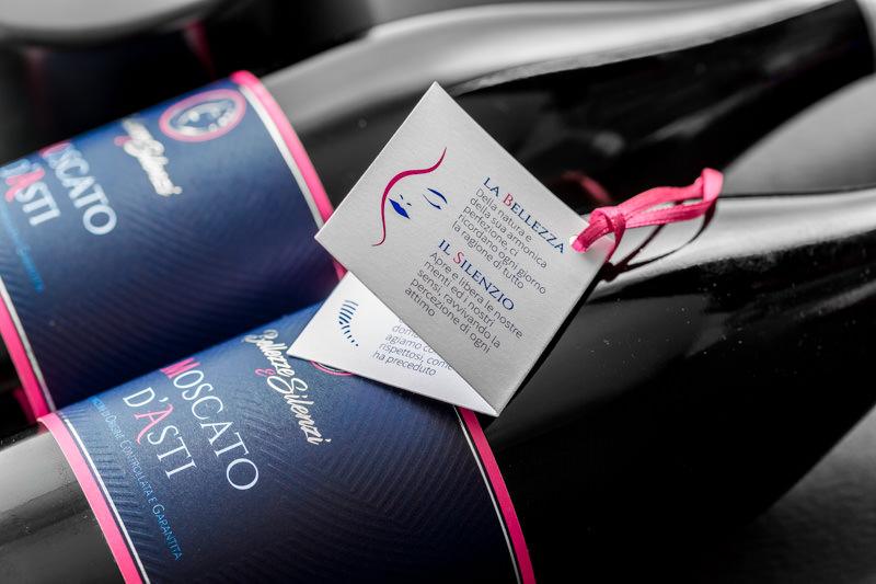 Realizzazione nuova etichetta e nuovo packaging Moscato